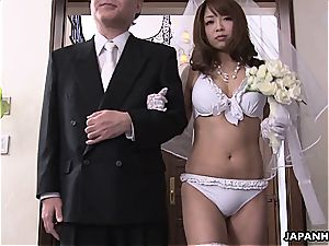 asian bride blowing fuckpole during her wedding