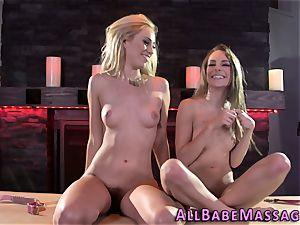 torrid babes showcase off bosoms