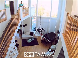 SpyFam Step sister Aidra Fox caught tugging