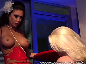 Jessica Jaymes and Britney Amber girly-girl boob and honeypot playtime