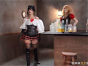 Saloon stunner Rose Monroe takes it across table