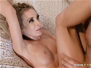 Aiden Ashley spitting on a fat trunk
