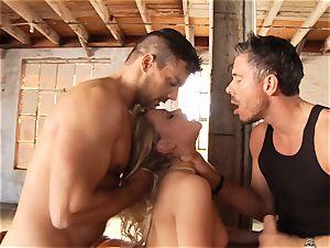 tastey blonde Mia Malkova threesomed