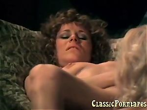 mischievous chicks cant resist slurping each others pussy