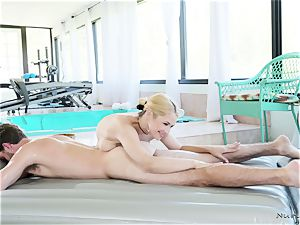 busty masseur In action