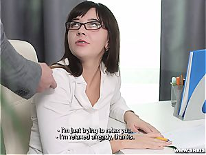 Nerdy nubile munching rock-hard on her knees