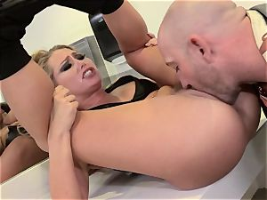 Carter Cruise speed dating screw in a public rest room