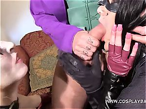 threeway with Harley and Catwomen