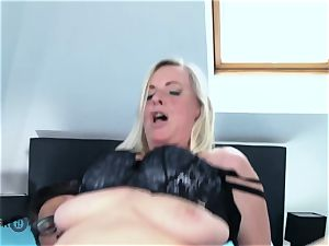 German Mature messy Tina Has Her bootie drilled