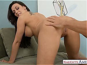 Pretty Rachel Starr opens up for a slurping and a boning