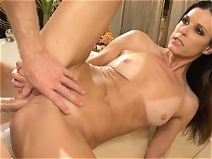 milf India Summers gets analled in the douche