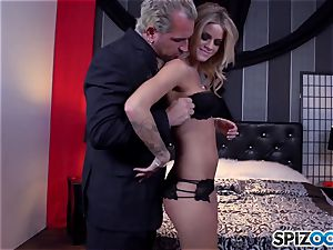 Jessa Rhodes succulent cock-squeezing labia is poked by a humungous chisel