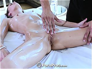 Kacy lubricated up for a pussy massage