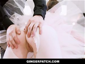 GingerPatch - sandy-haired Ballerina riding Judges enormous bone