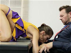 Cheerleader Riley Reid getting her arms on a tutor