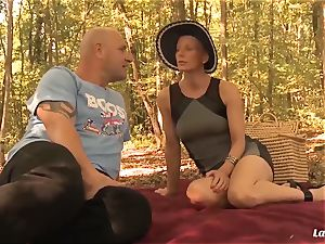 LA new-comer - French mature new-cummer anal drilled outdoors