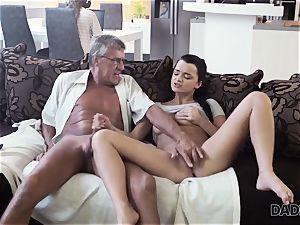 DADDY4K. parent takes part in spontaneous fuck-fest with hotty Erica ebony