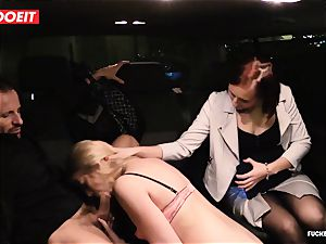 LETSDOEIT - assistant Hooks boss chick With bang-out In cab